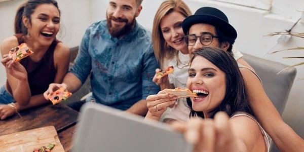 O prazer de comer foi proibido? Sophie Deram na rádio Jovem Pan