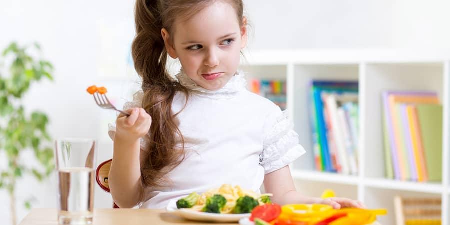 Meu filho não come: como lidar com esse desafio?