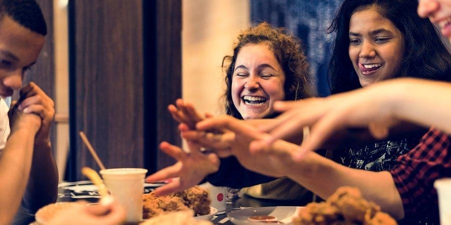 Alimentação saudável para jovens: por onde começar? Veja dicas e aplique hoje