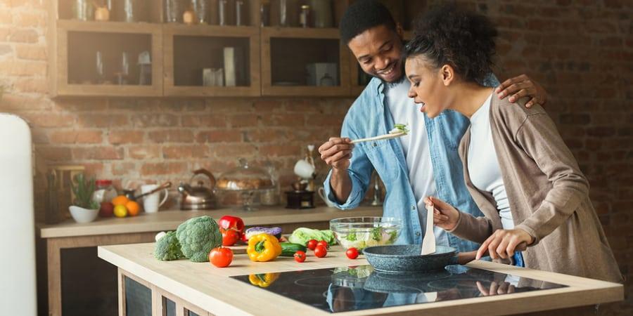 Cozinhe mais: 10 receitas fáceis e baratas + 4 dicas para economizar
