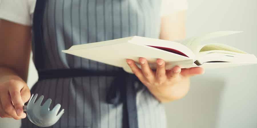 5 livros de gastronomia para te inspirar a cozinhar mais